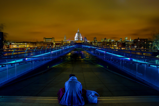 Lost In London - by Simon & His Camera